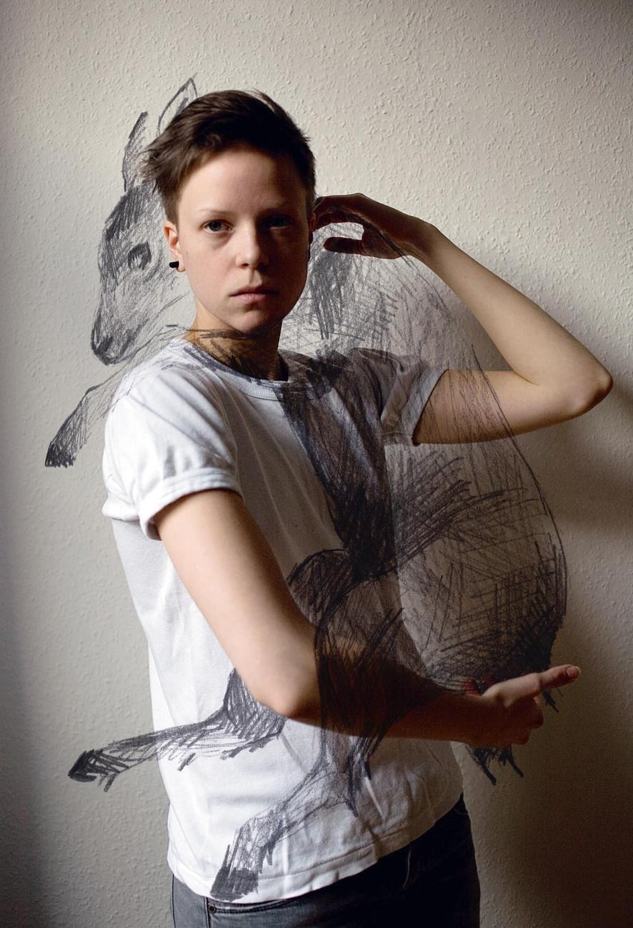 Eclectic Campagne(s), Self portrait with a deer de Saana Inari, Finlande, 2013