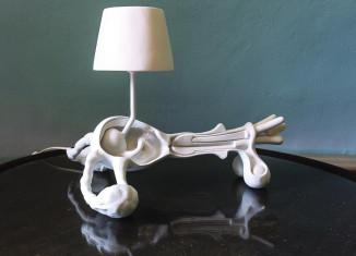 Futur archaïque, Atelier Van Lieshout, Pappa Mamma Lamp. Nylon, résine, peinture - 2009 (c) Photo JW van Kaldenbach.