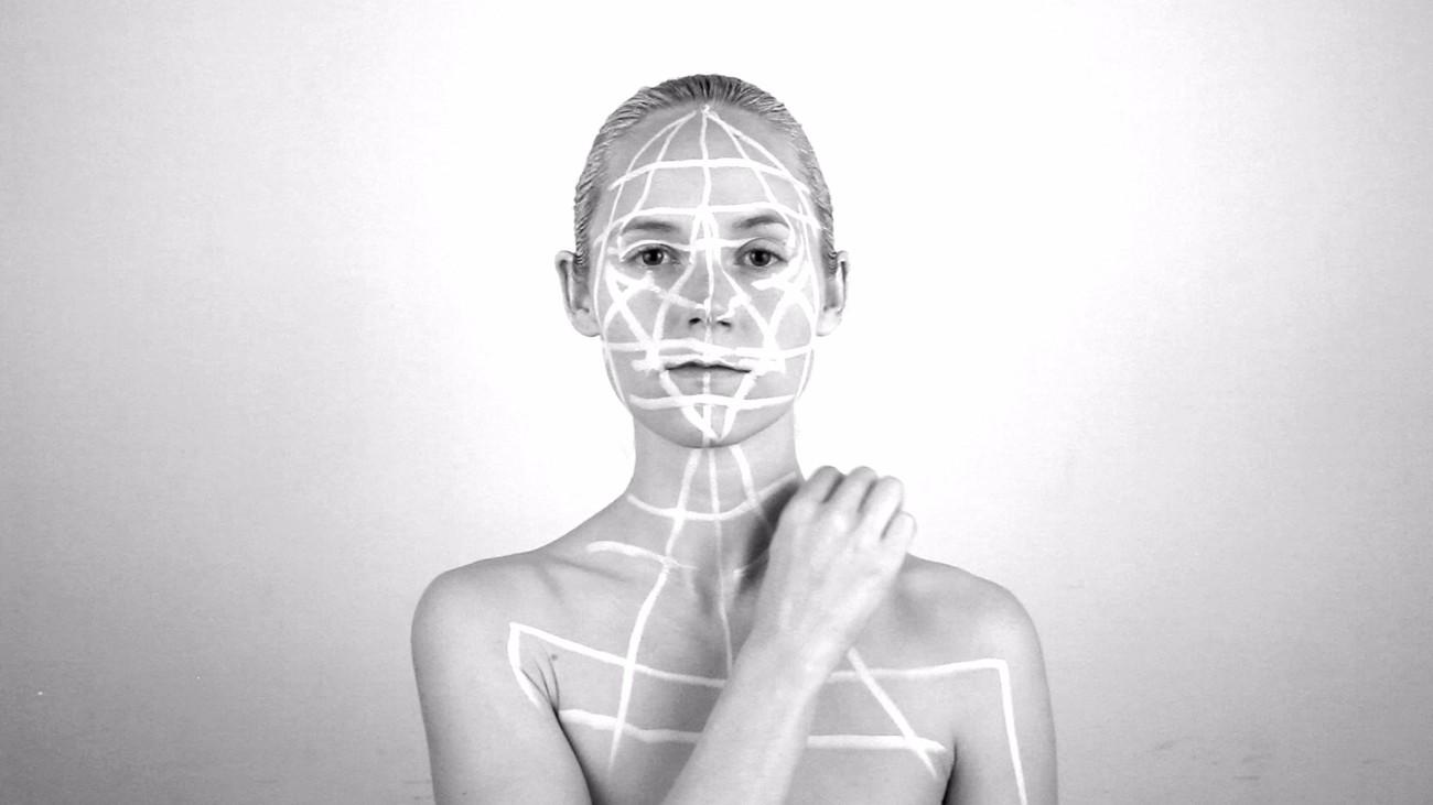 Rachel Garrard, Perpetual Return, 2014. Film sans son, en noir et blanc © Courtesy Rachel Garrard, New York, 2015