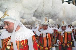 Dos-carnaval_Photos-Carnaval-de-Binche2_LM-126