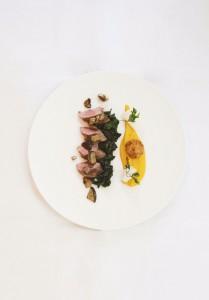 Agneau, cèpes et radis noir ©Cici Olsson