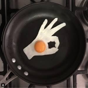 The Eggs-hibit © Michele Blandini