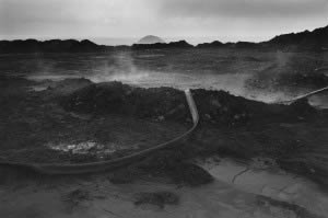 Thierry Girard, Mémoire du siècle futur, Terril Saint-Marck, Escaudain, avril 1983 © CRP 2015.22.019