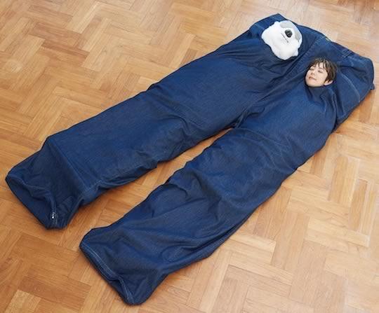 Jeans sleeping bag big giant wrap warm © DR