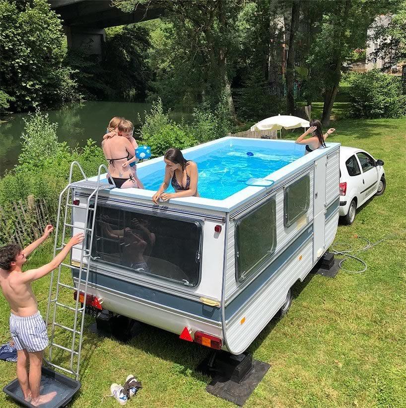 Benedetto Bufalino, La caravane piscine, 2018, Le confort moderne, Poitiers