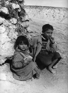 Enfants réfugiés (c) M. Kouaci