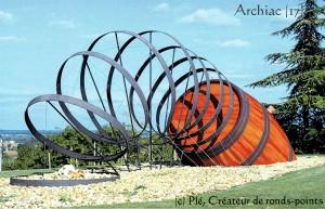 Tonneau & cerceaux géants, 2000, Archiac