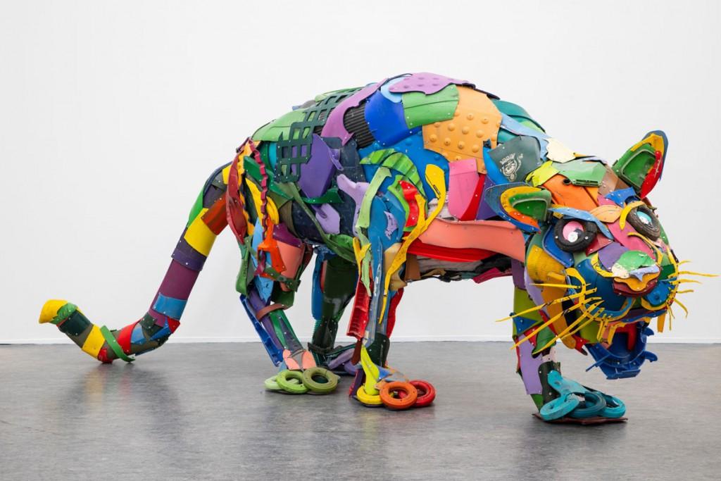 BORDALO II, Plastic Panther,-2018, 450x170X130cm, Assemblage-de-matières plastiques, Collection Particulière-© Fred-Collier Ville-de-Calais