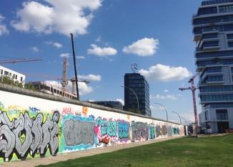 Le Mur tagué côté sud © Françoise Objois