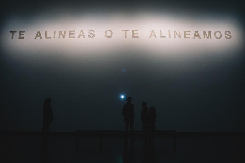 Te alineas o te alineamos, 2019, BPS22 © Teresa Margolles © Leslie Artamonow