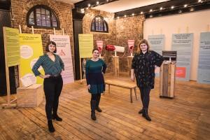 L'équipe du Vagina Museum : Florence Schechter, Zoe Williams et Sarah Creed