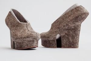 Liz Ciokajlo, Hemp Shoes © Stephanie Potter Corwin