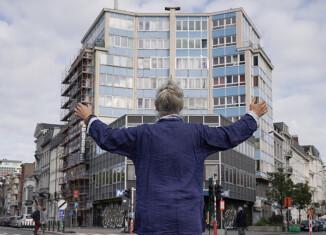Q(ee)R Codes BXL – Gaia Carabillo Place de la Constitution, 2020 © Anna Raimondo